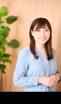 認定講師・沖佳那子の顔写真