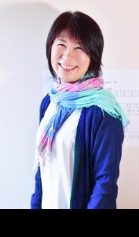 認定講師・鐘ヶ江由香の顔写真